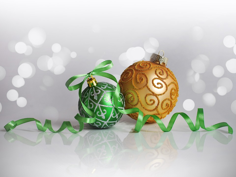christmas-decorations-1816478_960_720